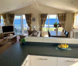 Seaviews & Paws Luxury Holiday Lodge