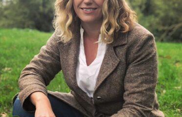 Catherine Blackwood, Therapist